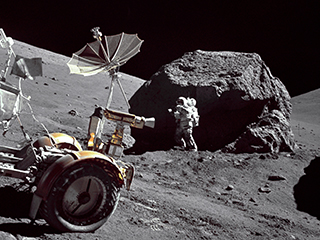Misión Apolo 17: el astronauta y geólogo Harrison Schmitt en una de las actividades extravehiculares.
